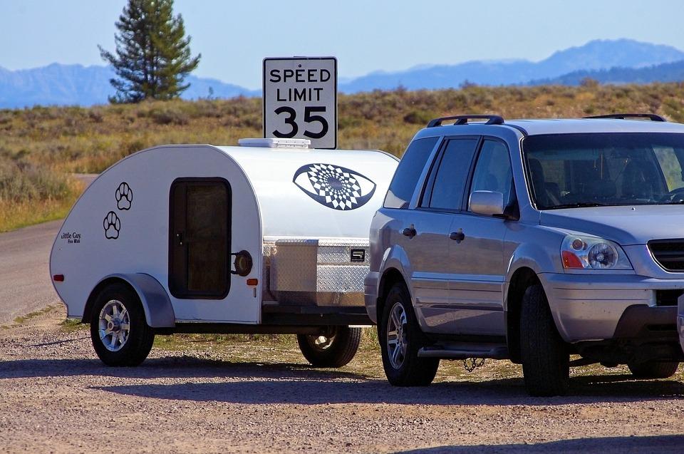 karavan za autem